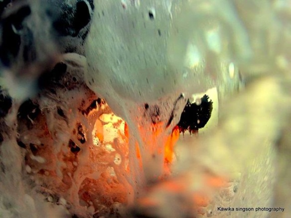 Kawica Singson, Lava and water on camera
