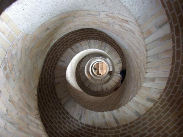 church_tower_stairs_276976_h