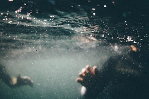 underwater-1150045__340