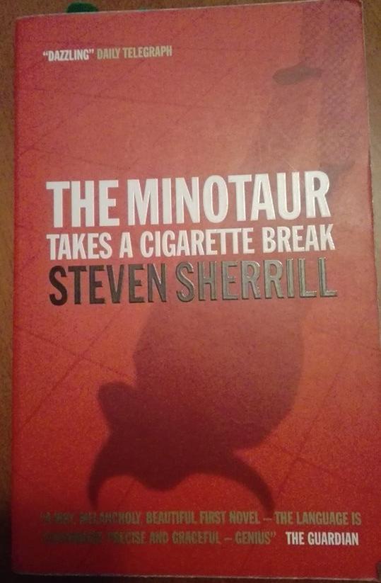 o-minotauro-faz-uma-pausa-para-fumar.jpg