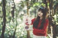 girl-1733335__340